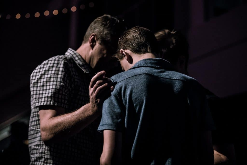 7 Tips On How To Pray To God To Perform Miracles Instantly